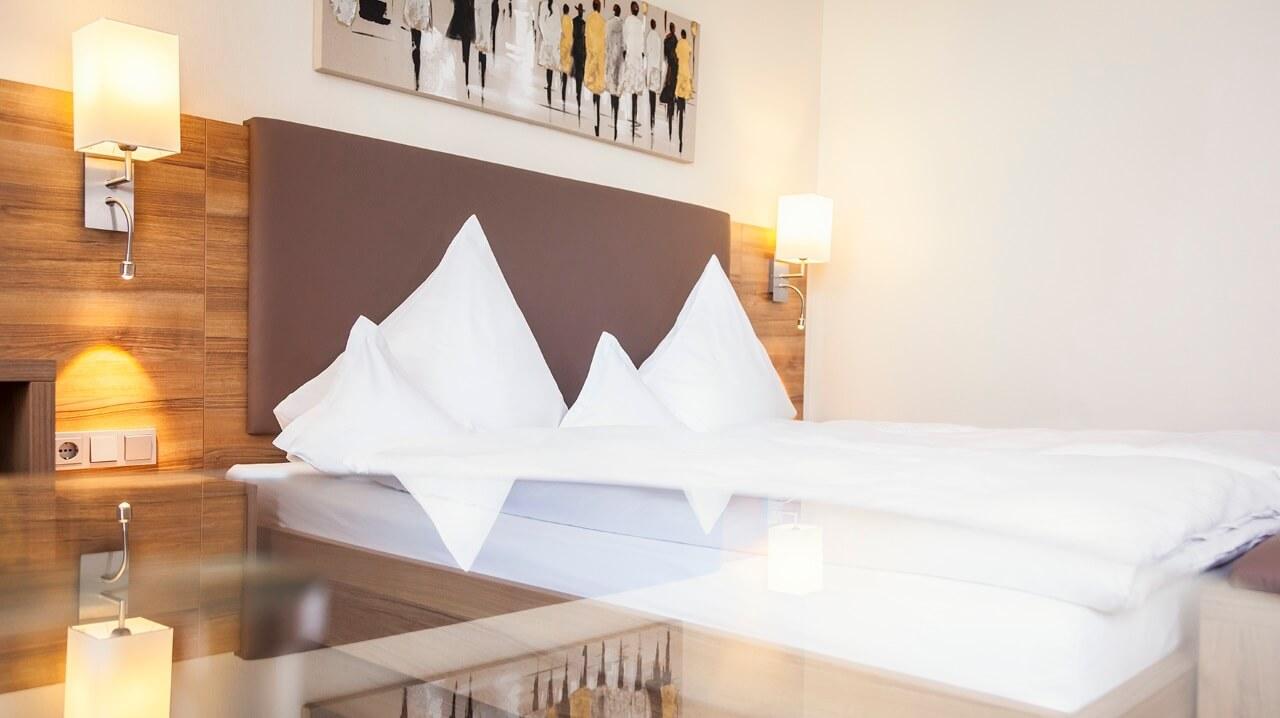 alle Doppelzimmer haben Queensize Betten